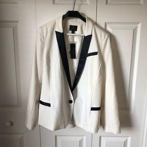 NEW! - Worthington White&Black Suit Jacket